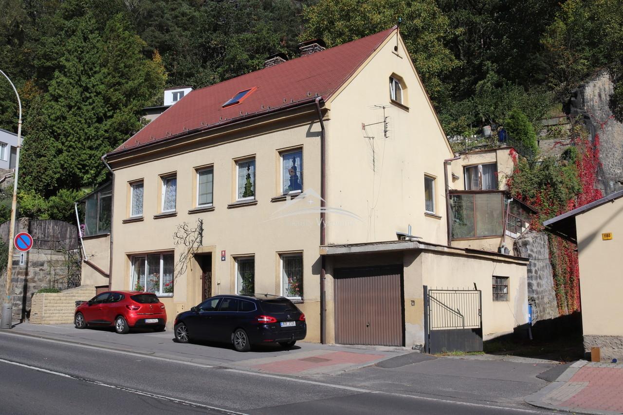 Rodinný dům se zahradou v Děčíně.