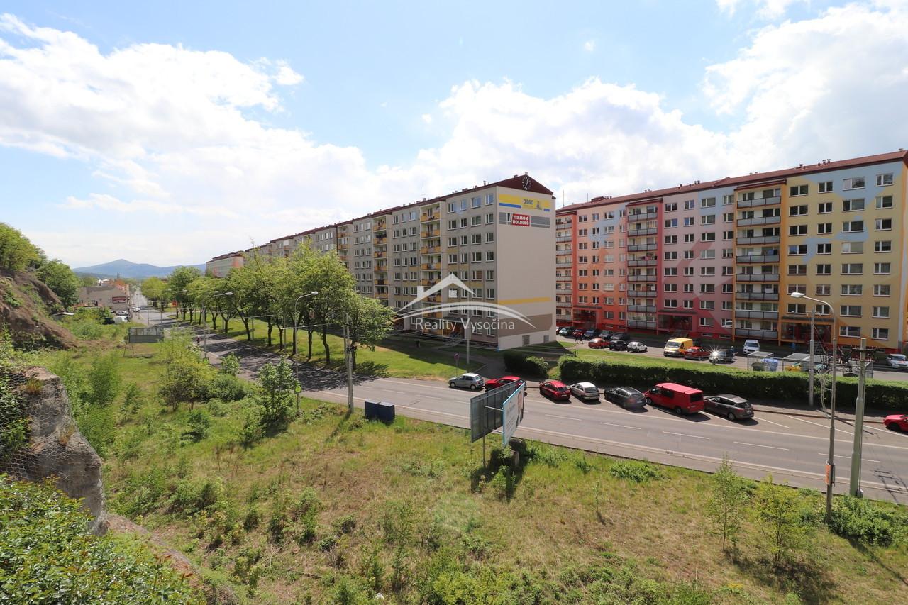 Družstevní bytová jednotka 2KK, Teplice.