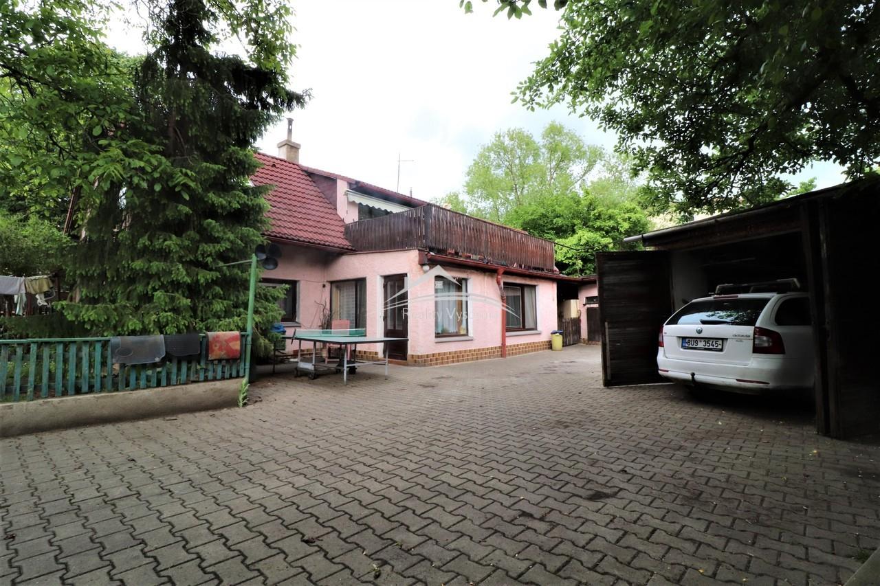 Rodinný dvougenerační dům 6+kk se zahradou v Trmic ...