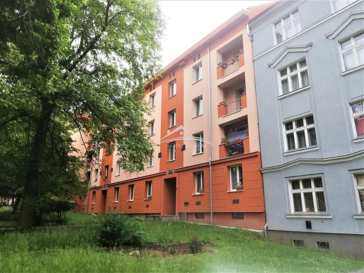 Cihlový byt 2+1 v Teplicích.