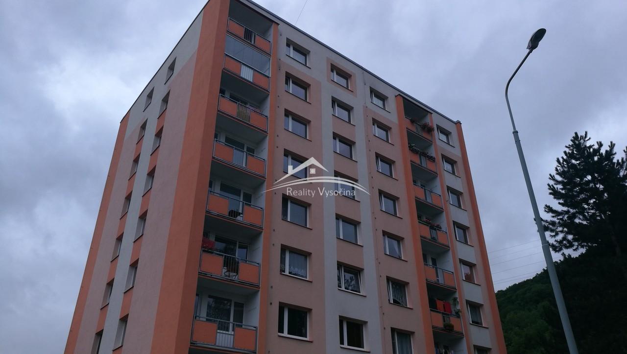 Prodej, 3+1/L, DV, zvýšené přízemí, 81  m2, ulice  ...