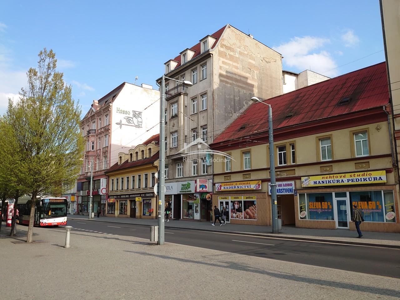 Byt 2+1 v cihlovém domě v Ústí nad Labem.