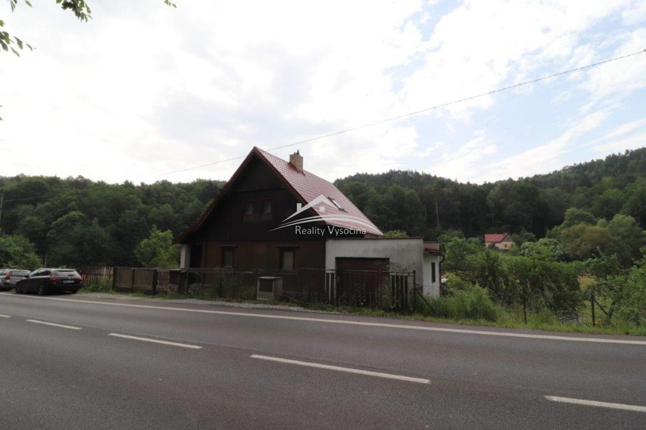 Rodinný dům se zahradou v obci Jílové u Děčína ( M ...